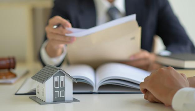 Les documents légaux indispensables lors de l'achat d'une propriété